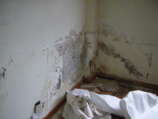 洗手间漏水什么原因呢,洗手间漏水如何处理的?