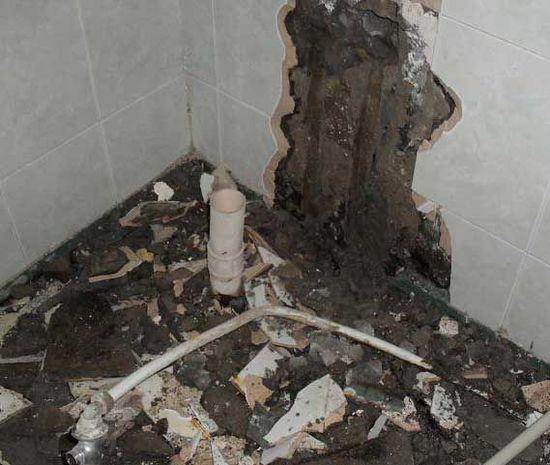 卫生间砖缝漏水定位是什么,卫生间砖缝漏水是什么原因?