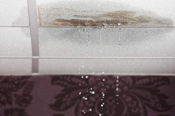 天花板漏水如何定位,天花板漏水维修方法是什么?