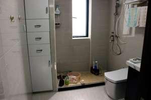 聊城卫生间水管漏水怎么排查_蹲坑漏水到楼下怎么补